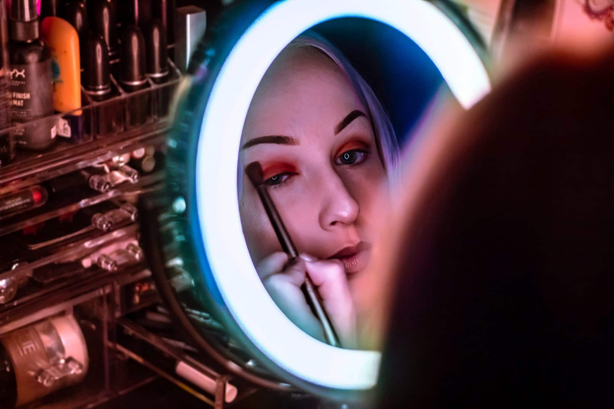 Makeup Cosmetic Mirror Mascara