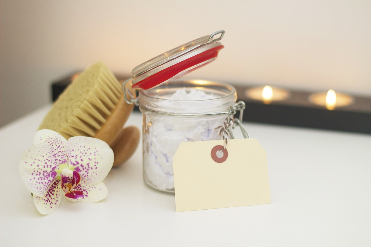 Lotion & Brush for Spa