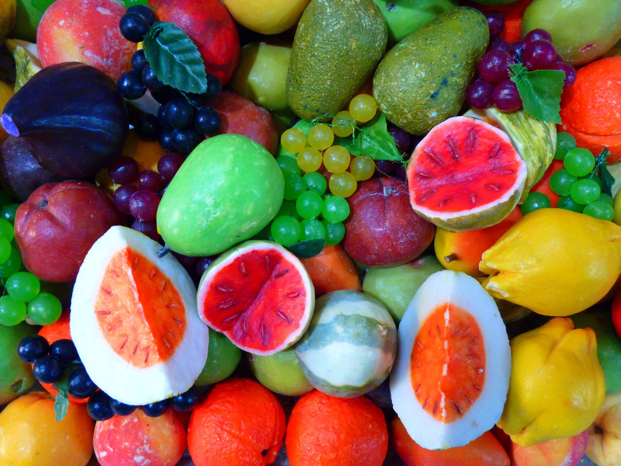 A picture of different fruits